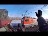 Зацеперы спалились грузовому поезду / Зацепинг на ЭД2Т / Trainsurfing in Russia