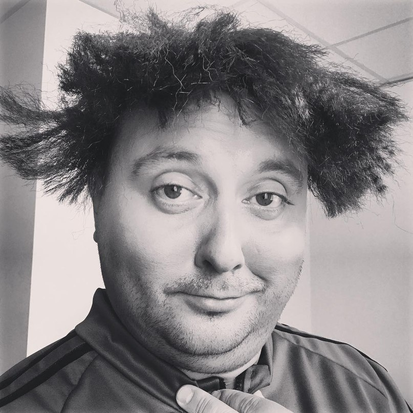 Вихідні, тому можна дозволити і з такою зачіскою прокинутися... ???? #ОдногоРазуПід...