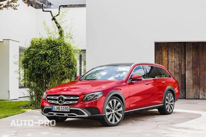 Новинок много не бывает, особенно, если речь идет о новинках от Mercedes-Benz.