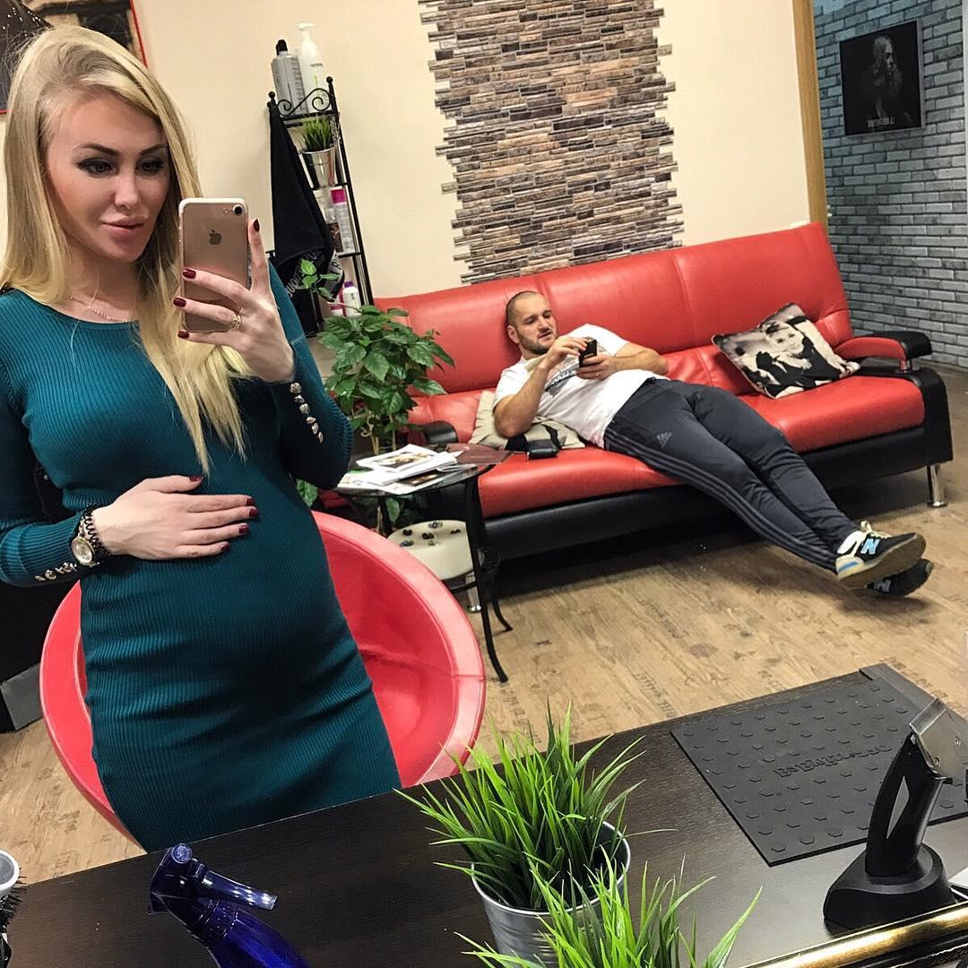 Жена Алексея Самсонова ответила на вопросы подписчиков.
