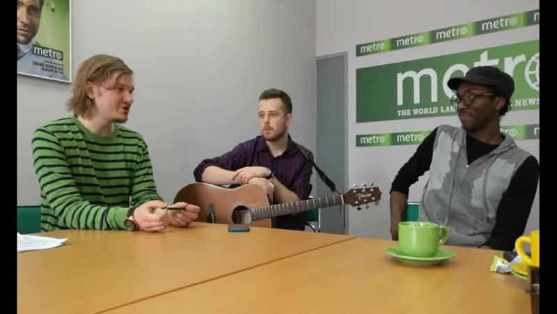 В редакции Metro-Москва музыкант из Нью-Йорка Чейз Винтерс, который исполняет песни на русском языке
