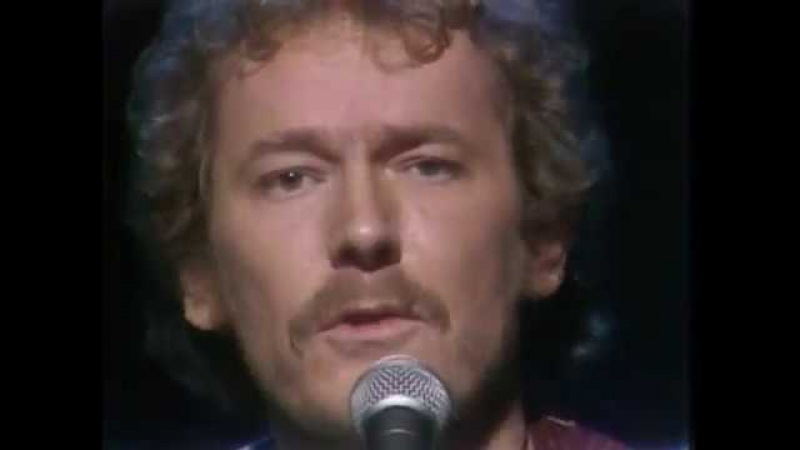 Gordon Lightfoot - If You Could Read My Mind (Live TV performance)