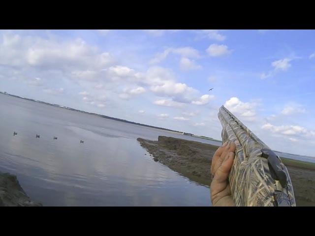 Охота на уток с чучелами из засидки