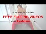 Kelsi Monroe In Red Leggings