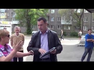 Будущий мэр общается с избирателями