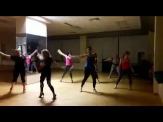 Ladies Class в фитнес-центре Premium с тренером Татьяной Сярг