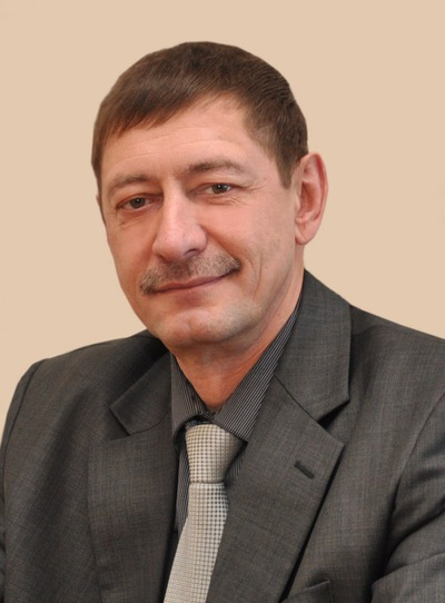 Виктор Лукашук