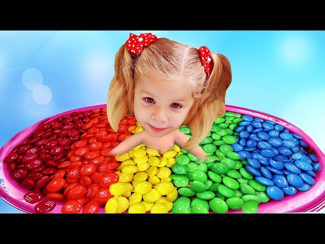 Bad Baby Diana Bath Time in MM's! Learn Colors with Candy and Baby Songs Finger Family