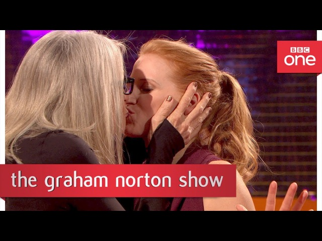 Diane Keaton kisses Kevin Bacon and Jessica Chastain - The Graham Norton Show 2017: Preview - BBC