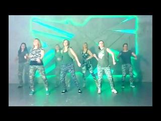 Military Don Omar feat. Zion & Lennox–Te Quiero Pa Mi