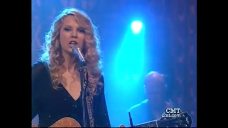 Taylor Swift - You Belong With Me (Live Studio 330 Acoustic Session 2009)
