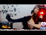 Игривая крикливая девушка стримерша - Playful noisy girl strimers