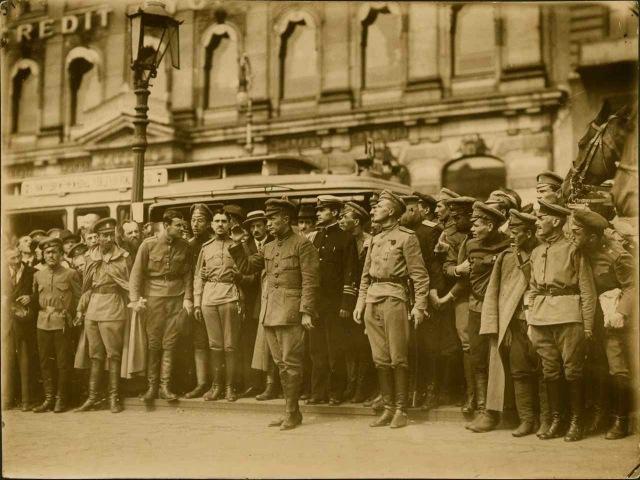 Петроград 1917 г. на фотографиях Карла Буллы / Petrograd 1917 by Karl Bulla