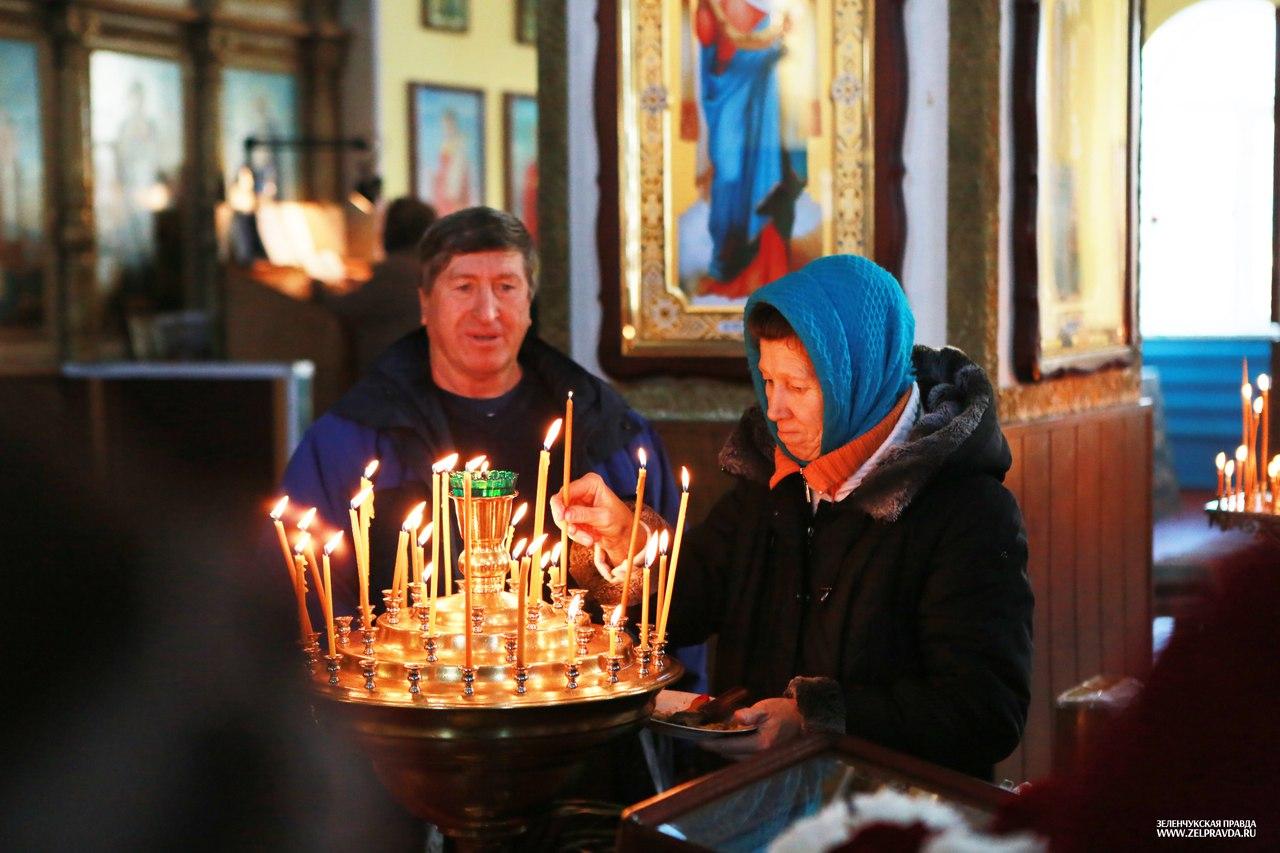 В Зеленчукском районе побывал ковчег с мощами святых