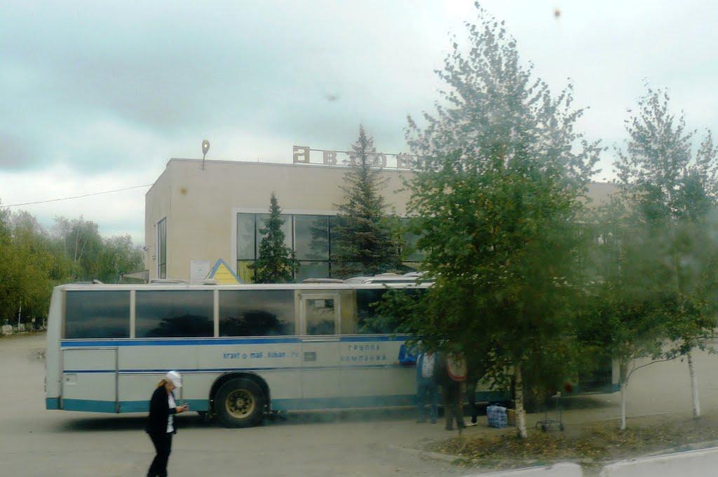 На Зеленчукском автовокзале отказались выдать билет пассажиру