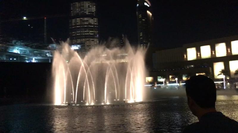 Дубай, Дубай мол, Борж халифа - самое высокое здание в мире