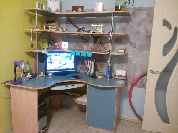 #ДляДомаИДачи@bankakomi Продам компьютерный стол,в хорошем состоянии.