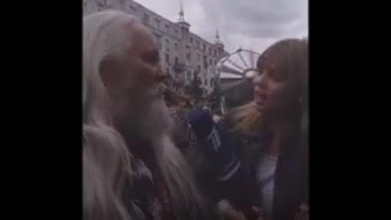 Острый репортаж с Аллой Михеевой и Иваном Кулебякиным на Тверской улице