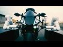 Моторобот Yamaha против Валентино Росси