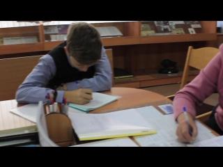 Манекен челлендж в музее истории школы №28