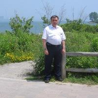 Анатолий Левищев