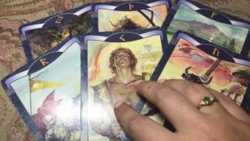 НА СКОЛЬКО СИЛЬНО У ВАС РАЗВИТА ИНТУИЦИЯ? ГАДАНИЕ НА РУНАХ/Divination on the runes