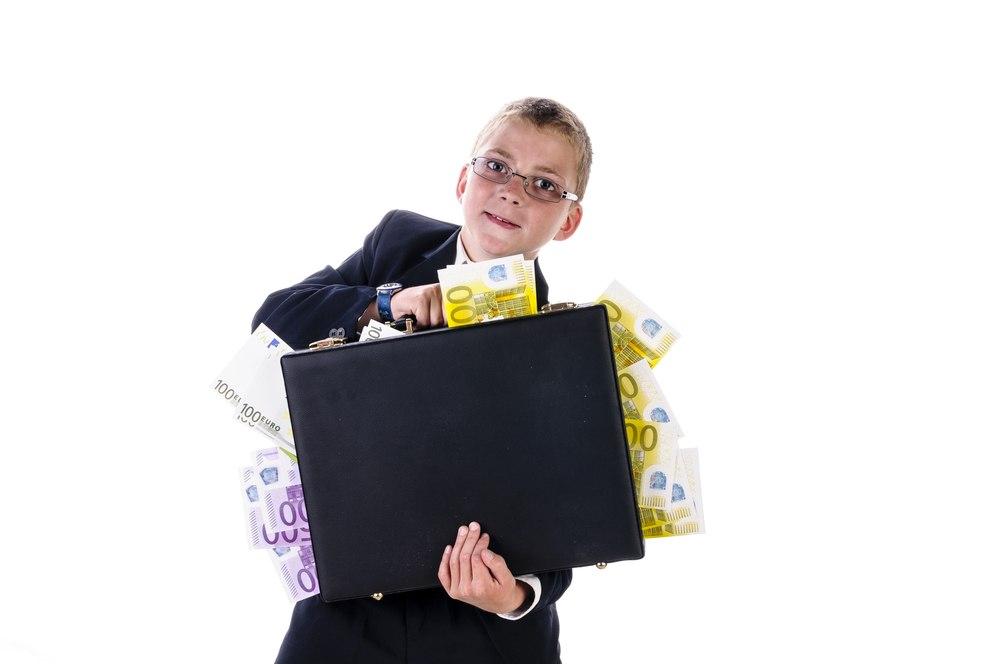 Немецким школьникам подарят 125 миллионов евро