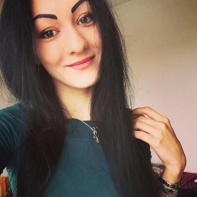 Анна Привалова