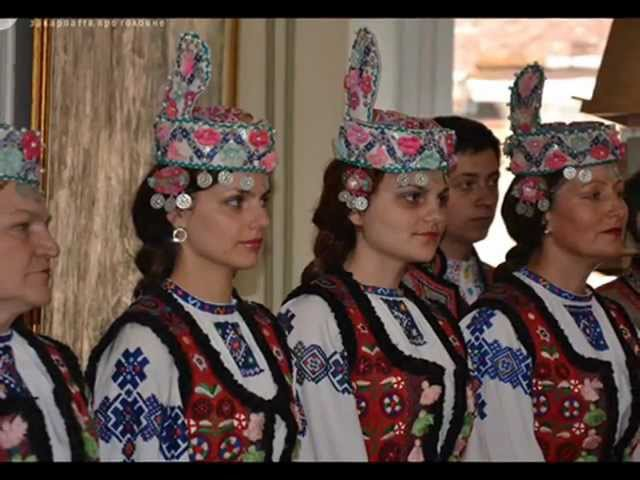 Розквітає ружа Червона ружа Ukrainian folk song by Hudaky from Teresva