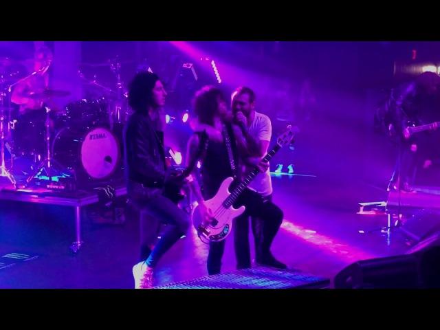 Asking Alexandria LIVE Danny Worsnop Returns The Final Episode Buffalo NY Town Ballroom