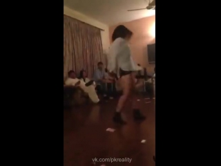 Sexy pakistani lahori girl nude priavte dance on kamli song 2017