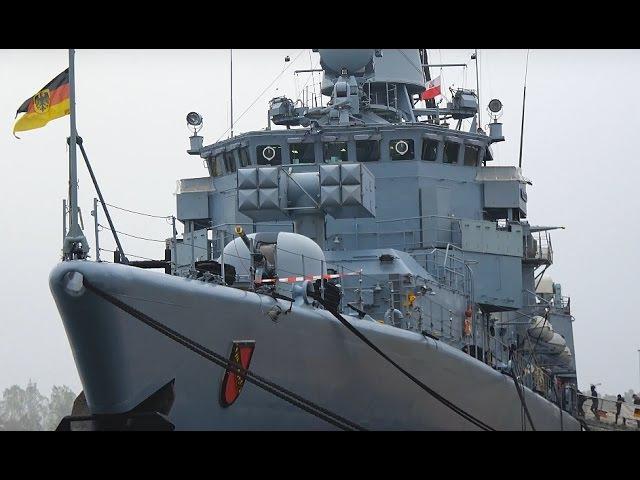 Niemiecki okręt wojenny w gdańskim porcie.