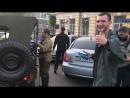 """Одесса.2 мая,2017.Рагулье сельское прицепилось к мужчинам среднего возраста с вопросом """"Чей Крым?"""""""