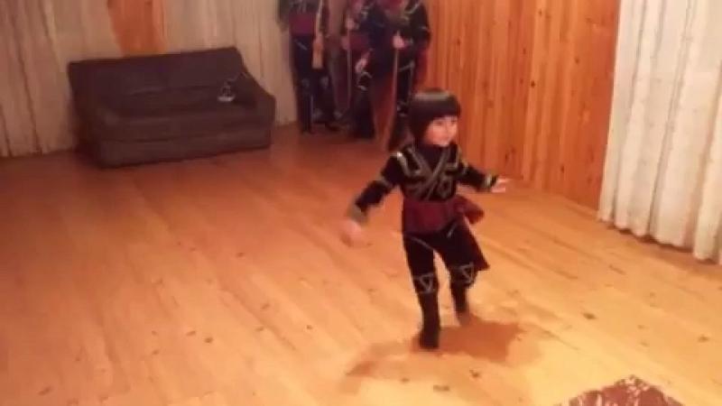 პატარა ქართველი   маленький грузин