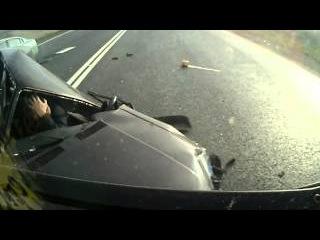 Водитель чудом выжил после страшного ДТП
