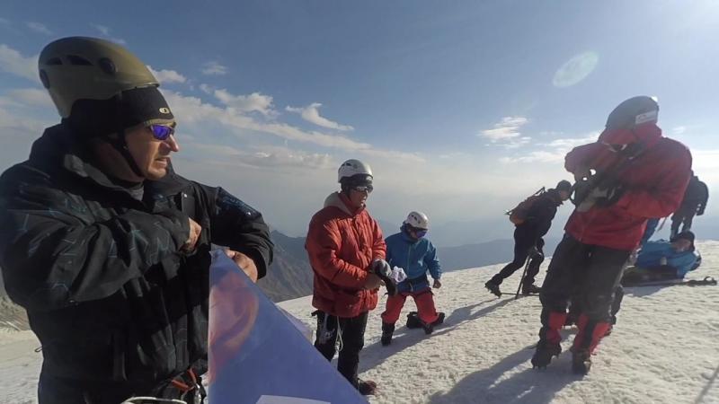 Казбек Эльбрус,две вершины за семь дней.