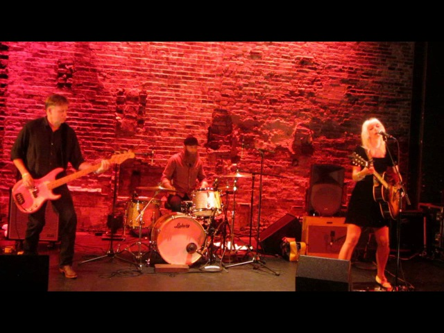 Hayley Thompson-King - Whiskey Dick/I'm Blue - Live @ Black Box Theatre