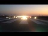 Светосигнальное оборудование на взлетно-посадочной полосе в ночное время!!!