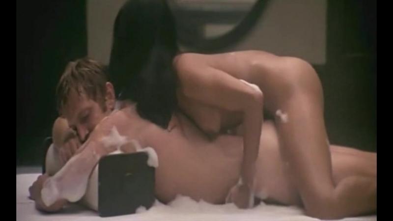 Эммануэль королева порно