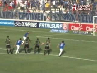 Wellington Paulista perde gol bizarro na semifinal