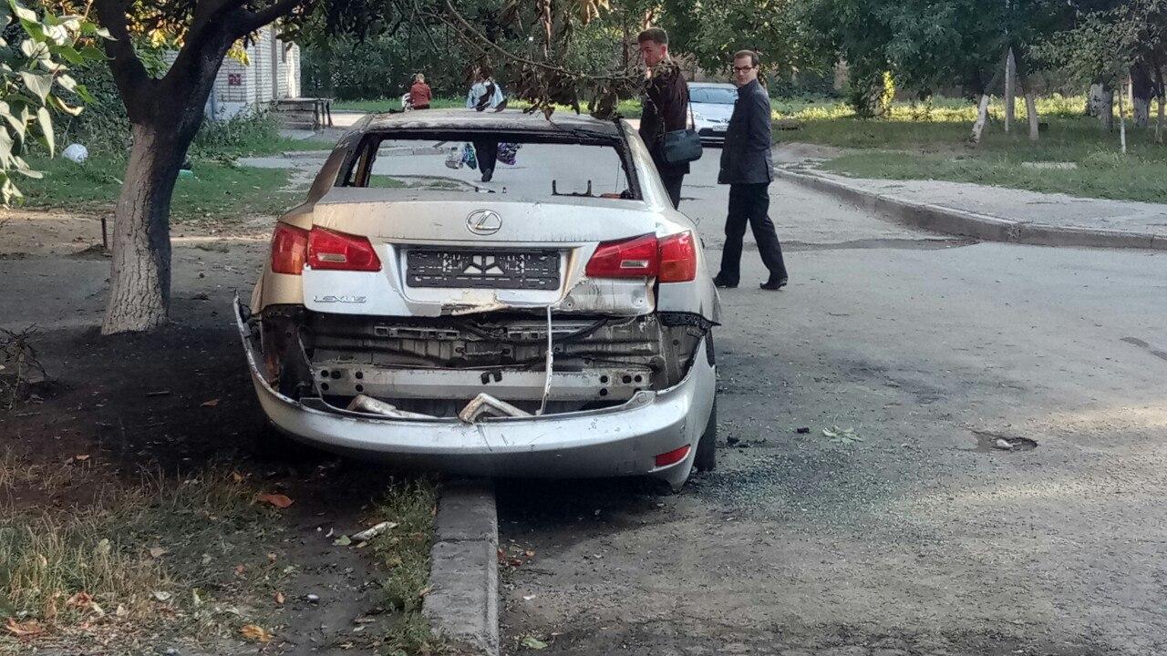 В Таганроге неизвестные сожгли Lexus за 2 млн рублей