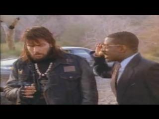 За пределами закона (В погоне за тенью) (трейлер) (1992) / Чарли Шин, Майкл Мэдсен / Криминал