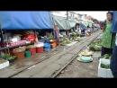 Рынок на железной дороге в Таиланде – Maeklong Railway Market