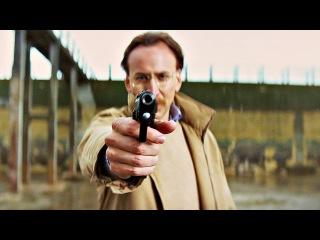 Убивашка (Минди Макриди) и Папаня (Дэймон Макриди). Папаня тестирует бронежилет на Убивашке. Пипец.