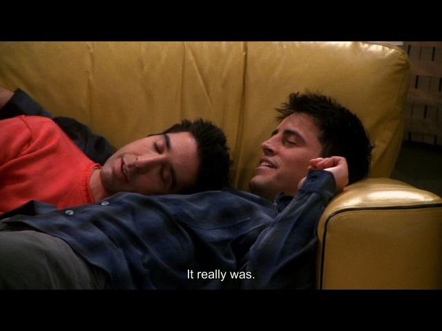 Друзья S07E06 Росс и Джоуи заснули вместе