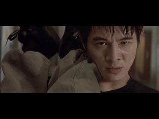 Джет Ли против 30 каратистов,братьев близнецов и негра качка