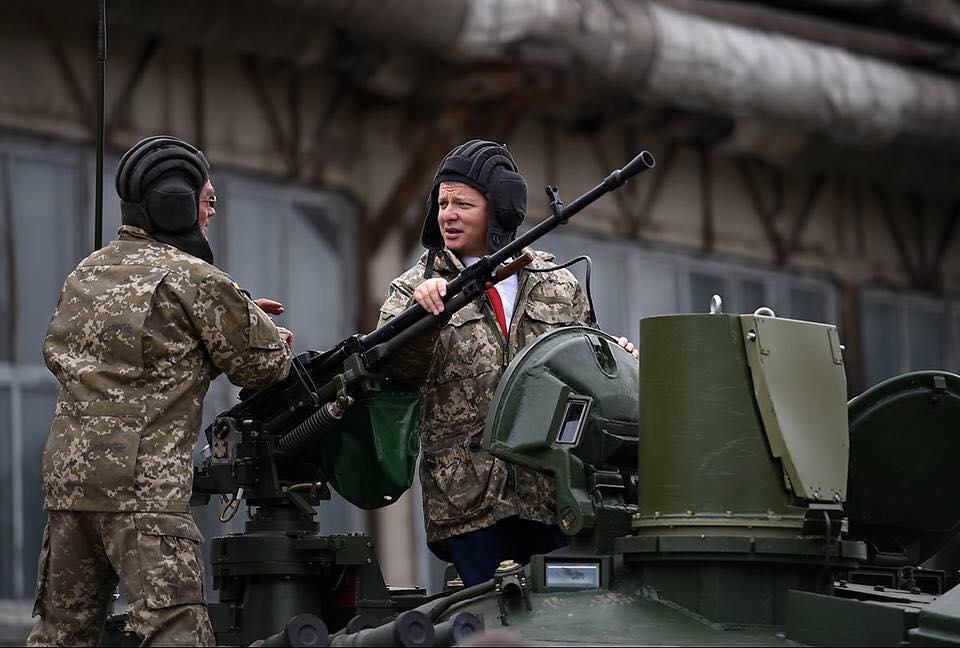 Ляшко пообещал доехать до Москвы на танке