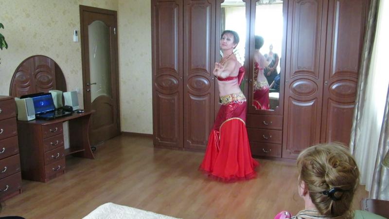 Новый танец Шууу у сватьев.