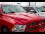 Юг США пострадал от торнадо и огромного града. The United States suffered from a huge hail.