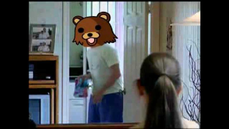 Pedobear Vs Chris hansen.
